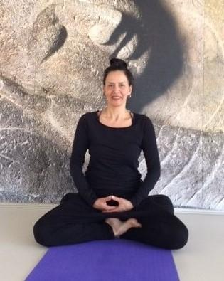 Mindfulness Yoga / Stromend hart